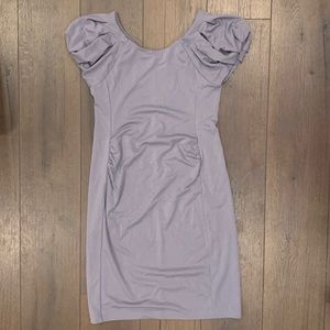 GAP Maternity Gray puff sleeved dress in NWT